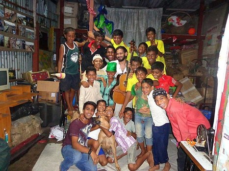 The Sound of Junk – Dharavi's Rag Picking Children Are Making Music out of the Trash They Collect | This Gives Me Hope | Scoop.it