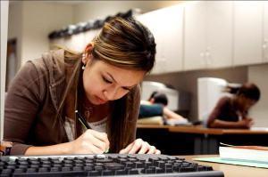 Latin American Herald Tribune - Latino College Enrollment Rises 24%   U.S. Hispanics & Latinos   Scoop.it