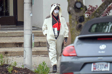 """Conspiracy theorist"" in panda suit shot after allegedly threatening to bomb Baltimore Fox affiliate if it wouldn't cover his story 