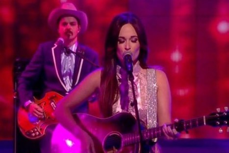 Kacey Musgraves Debuts 'Pageant Material' on 'The View' [Watch] | Country Music Today | Scoop.it