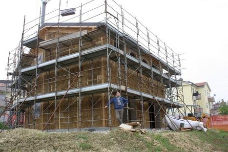 A Ghisalba nasce la casa di paglia <br/>A Parigi la pi&ugrave; vecchia ha 100 anni | Costruire con le balle di paglia www.caseinpaglia.it | Scoop.it
