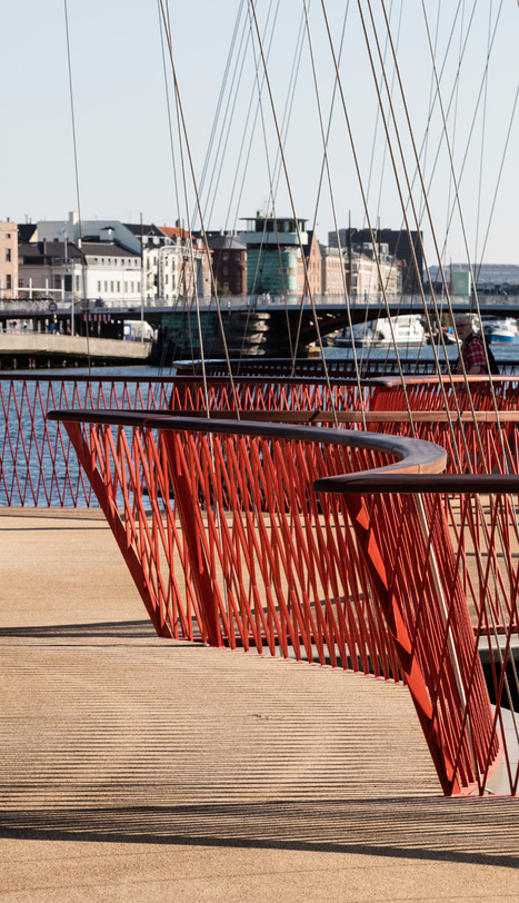 A Bridge That Celebrates Pedestrians Opens In Copenhagen | Giving Some Love to the City | Scoop.it