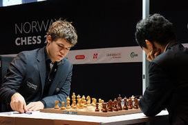 Chess & Strategy - Échecs en Norvège : Aronian vs Carlsen à 12h | Crédit Agricole | Scoop.it