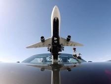 Delta Air Line : Airbus A330 contre Porsche (vidéo) | AFFRETEMENT AERIEN KEVELAIR | Scoop.it