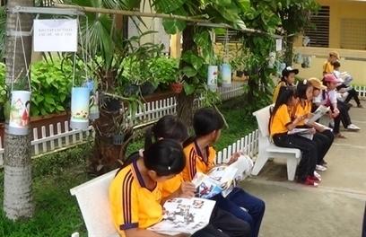 Une «bibliothèque verte» qui stimule la lecture des élèves | Bibliothèque et Techno | Scoop.it