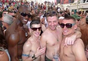 Jim Winsor's Out to Sea: The allure of the Allure | Gay Travel | Scoop.it