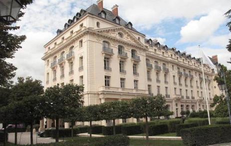 Le Gordon Ramsay rétrogradé à Versailles, le Tastevin perd son étoile à Maisons-Laffitte | MILLESIMES 62 : blog de Sandrine et Stéphane SAVORGNAN | Scoop.it