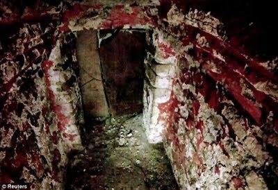 Les secrets d'une tombe maya révélés par une minuscule camera | Les découvertes archéologiques | GenealoNet | Scoop.it