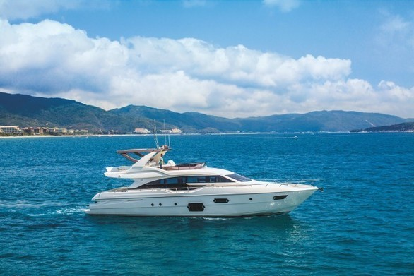 Ferretti Yachts 690 Set to Make Waves at Singapore Showcase