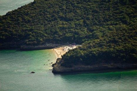 Coelhos beach   Arrábida | Travel | Scoop.it