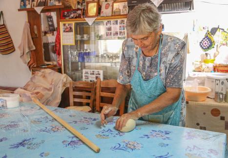 Making Pasta, Greek-Style: Handmade Hilopites   Greek cuisine   Scoop.it