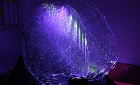 Brain-Shaped Light Installation Feeds on Your Thoughts | UX-UI-Wearable-Tech for Enhanced Human | Scoop.it