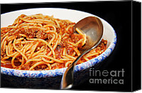 Spaghetti And Meat Sauce With Spoon Photograph by Andee Photography - Spaghetti And Meat Sauce With Spoon Fine Art Prints and Posters for Sale | Food Art | Scoop.it