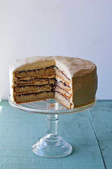 Peanut Butter and Chocolate Cake - Mrs. Penguin   Happy Nibbler   Scoop.it