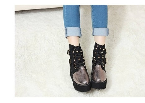 Wholesale Fashion boots for women rivets foam sole shoes CZ-2204 black - Lovely Fashion | Chic summer streetstyle(sandals) | Scoop.it