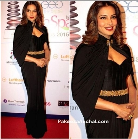 Bipasha Basu in Black Gown with Cape by Shantanu & Nikhil | Indian Fashion Updates | Scoop.it