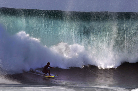Huge waves challenge Southern California surfers, lifeguards - Los Angeles Times | Traffic Cones | Scoop.it