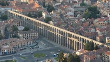 El Acueducto de Segovia ya dispone del plan director que garantizará su mantenimiento futuro | LVDVS CHIRONIS 3.0 | Scoop.it
