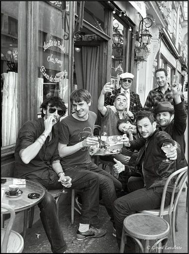 Le piéton de Charonne » Paris – 11ème arrondissement – Rue jules Vallès. | Le BONHEUR comme indice d'épanouissement social et économique. | Scoop.it
