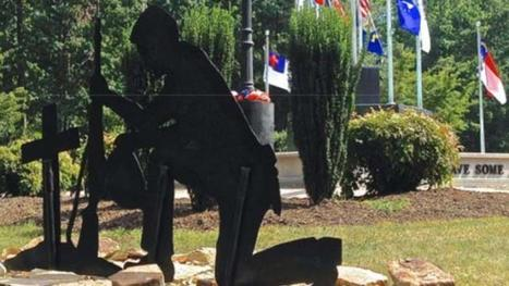 Extreme Left Censorship - Town Abandons Fight to Preserve Praying Soldier Memorial   TOP STORIES   Scoop.it