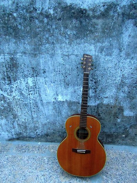 Et ma guitare   Flickr - Photo Sharing!   Une guitare casablancaise   Scoop.it