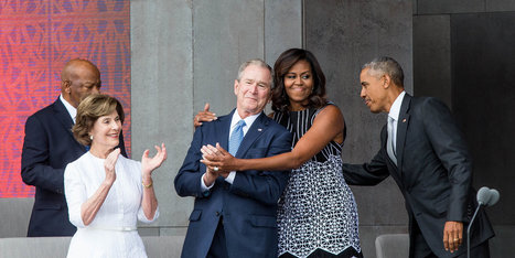 George W. Bush Interrupted Obama To Ask Him To Snap A Picture And It Was Amazing | itsyourbiz | Scoop.it