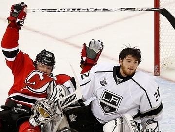 Novamente na prorrogação, Kings batem Devils e ampliam a vantagem na final da NHL   esportes   Scoop.it