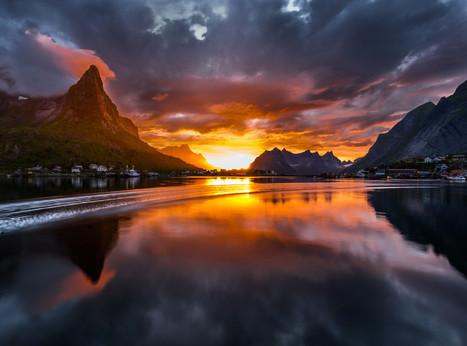 """Speed boat in sunset"" by Jørn Allan Pedersen | Music, Videos, Colours, Natural Health | Scoop.it"