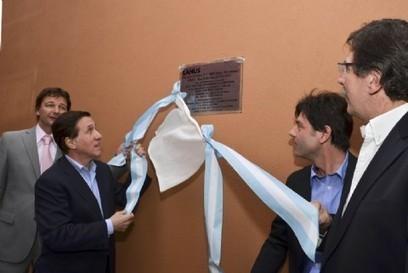 Inauguración de modernas aulas y entrega de equipamiento y ... - Nova   Clip de Noticias Lanús   Scoop.it