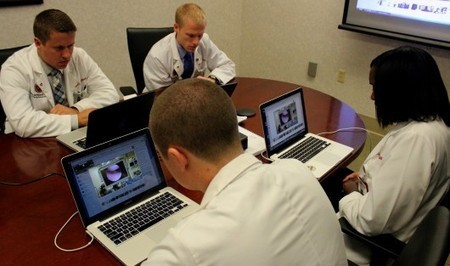 US surgeon streams operation via Google Glass   Wearable Technology   Scoop.it