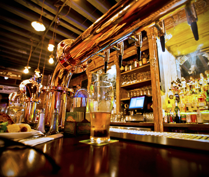 What Makes a Sports Bar Successful?   Social Media   Scoop.it