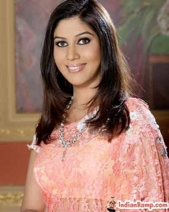 Sakshi Tanwar Indian Television Actress Pictures in Saree, TV Stars   Indian Fashion Updates   Scoop.it