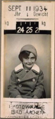 Twitter / History_Pics: Anne Frank in 1934 ... | Expanding Prior Knowledge - Anne Frank and the Holocaust | Scoop.it