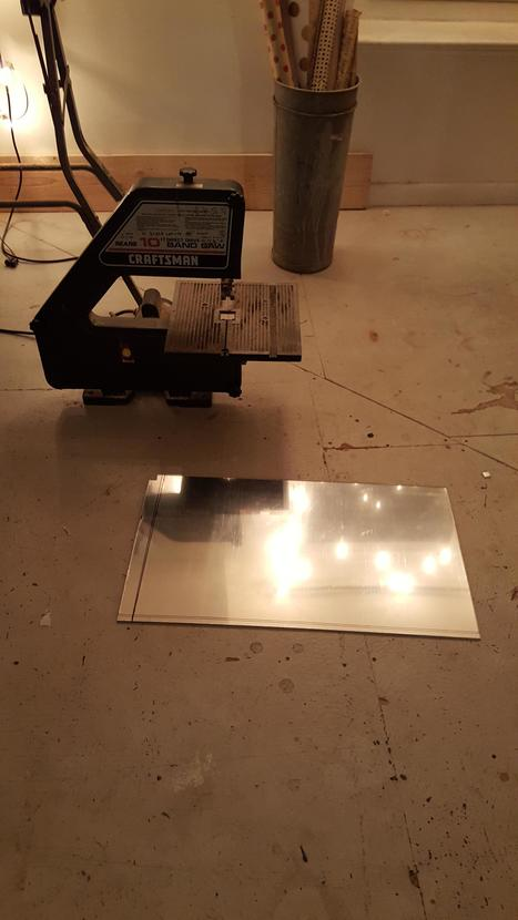 A magic mirror powered by a raspberry pi. Best Christmas present I've ever put together. Detailed tutorial in comments. | Raspberry Pi | Scoop.it
