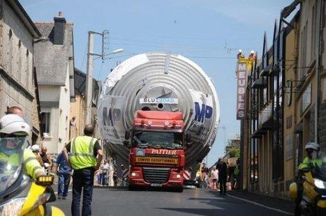 Rostrenen.  Le convoi exceptionnel ne passe pas inaperçu ! | Ma Bretagne | Scoop.it