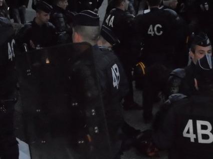 4M Les CRS semblent relativiser la notion de terroriste établit par le gouvernement espagnol au sujet des indignés | #marchedesbanlieues -> #occupynnocents | Scoop.it