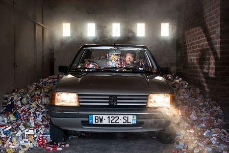 Gaspillage : il ne jette plus ses déchets pendant 4 ans et photographie le résultat | Attitude BIO | Scoop.it