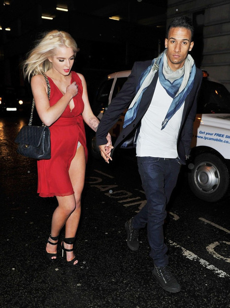 Photos : Helen Flanagan Upskirt Out n About in Manchester | Radio Planète-Eléa | Scoop.it