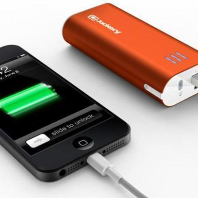 External Battery Packs Add Hours to Your Phone, Even iPhone 5 | Curation with Scoop.it, Pinterest, & Social Media | Scoop.it