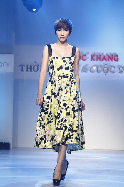 Thanh Hằng trắng tinh khôi trong bộ thời trang mới - shopthoitrangxinh.net | Noithatmax.com | Scoop.it