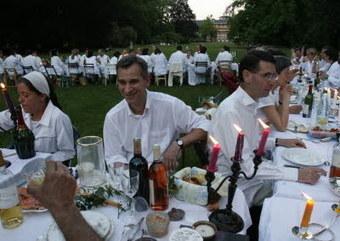 Un dîner tout en blanc | Strasbourg Eurométropole Actu | Scoop.it