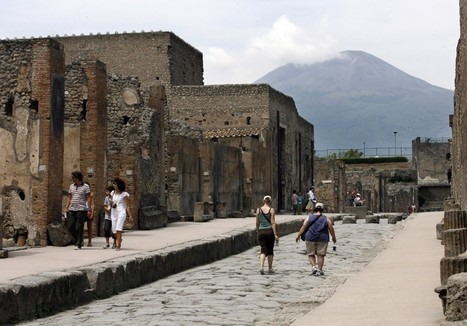 Pompeii's Graffiti and the Ancient Origins of Social Media | @FoodMeditations Time | Scoop.it