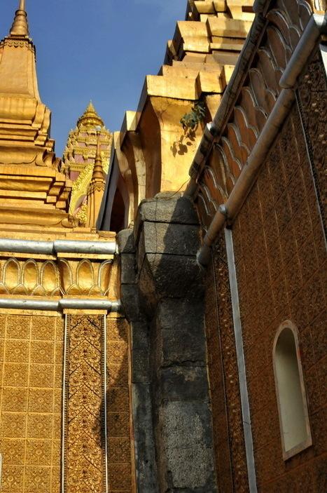 Wat Ounalom, Phnom Penh | hermesmyth | Scoop.it