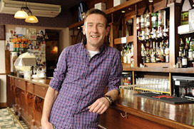Scottish Actors: Scottish actor en route to Hollywood film première after pals organise a whip-round in local pub | Culture Scotland | Scoop.it