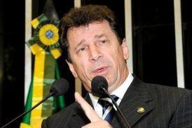 Condenan por primera vez a senador brasileño acusado de ... - Univisión | DEMOCRACIA Y GOBERNABILIDAD | Scoop.it