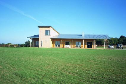 [inspiration] Maison d'habitation en bois et couverture photovoltaïque à Saint-Pierre-le-Moûtier (58) | Le flux d'Infogreen.lu | Scoop.it