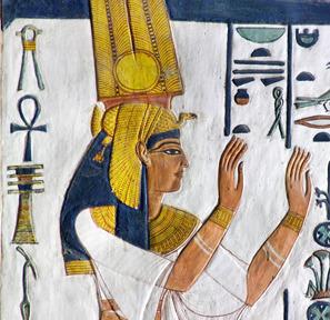 Il y a 110 ans Schiaparelli découvrait  la demeure d'éternité de la sublime Nefertari   Égypt-actus   Scoop.it
