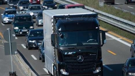 Daimler tests self-driving truck on German highway | Heron | Scoop.it