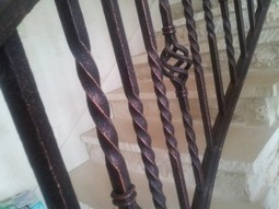Handrail and Balcony Railing Repair & Service in Austin T | Gonzales Iron works | Scoop.it