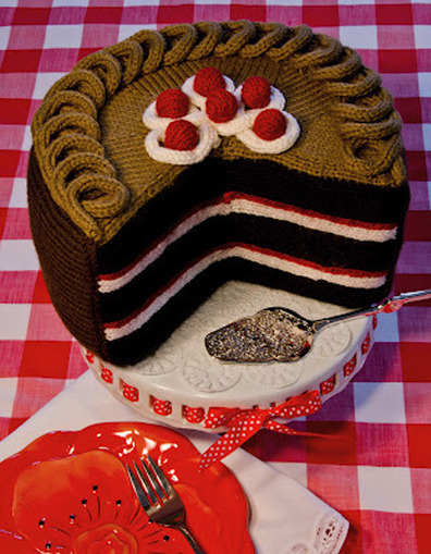 Yarn Art: Knitted Food - Yarnologue | The Official Blog of Knitting Fever | Fiber Arts | Scoop.it